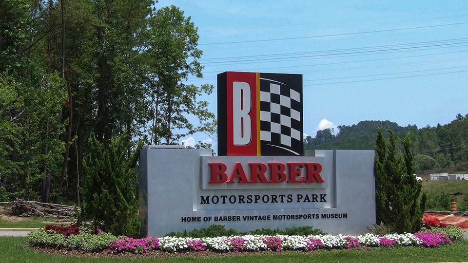 Barber_Vintage_Motorsports_Museum_Entrance_2011_960