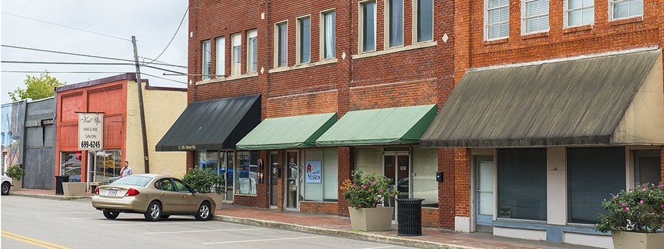 Beautiful historic charm of downtown Leeds Alabama