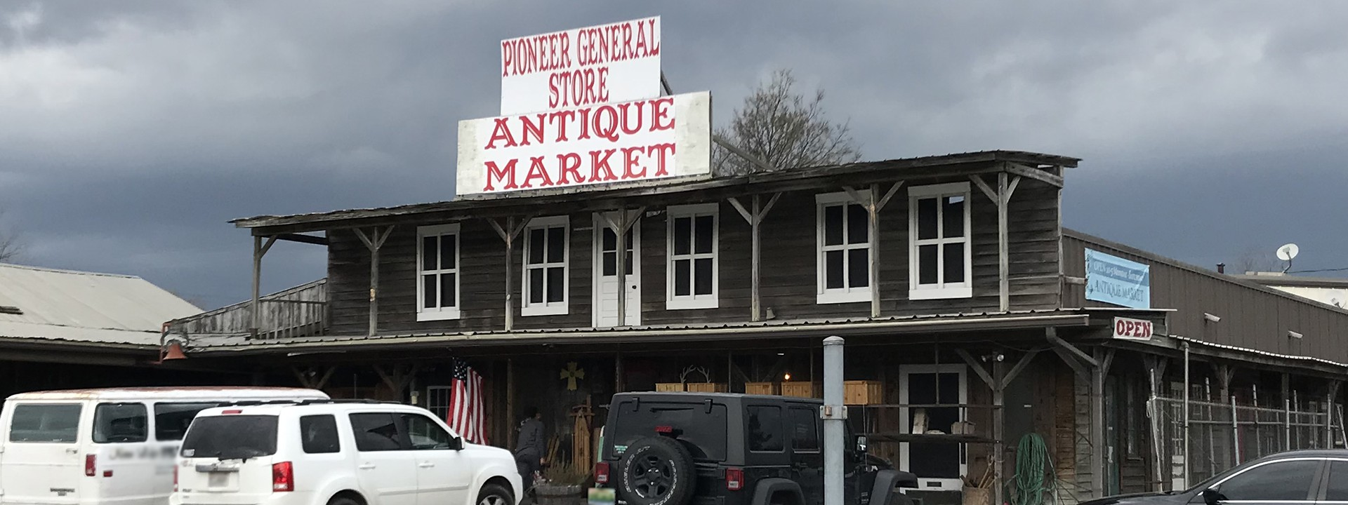 Pioneer General Store and Flea Market_1920x800