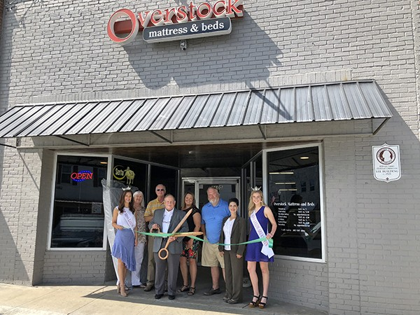Overstock Mattress & Beds Ribbon Cutting | We're very excited to welcome another new business to Leeds, Alabama. Overstock Mattress & Beds opened early May on Parkway Drive across from the Leeds Jane Culbreth Library.