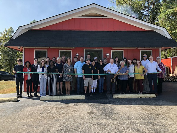 The City of Leeds and Leeds Area Chamber of Commerce are proud to welcome Old Smokey BBQ.  Brothers, Cody and Cory Price, opened the restaurant about three
