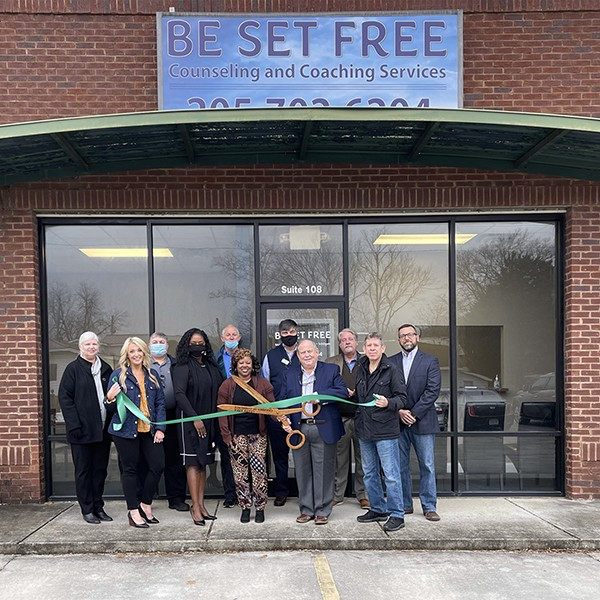 Let's welcome Be Set Free, Inc. to Leeds. Leeds Area Chamber of Commerce and the City of Leeds performed a ribbon cutting ceremony today