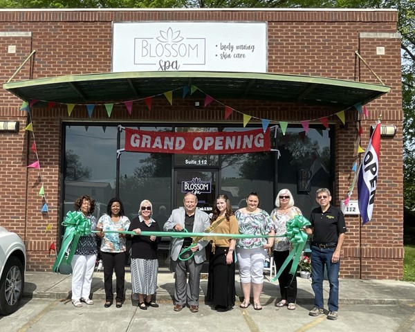 The City of Leeds and Leeds Area Chamber of Commerce conducted a ribbon cutting with the owners to celebrate the opening of Blossom Spa.  This