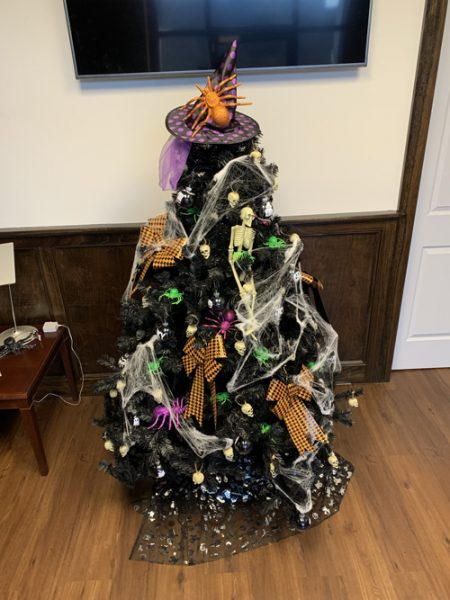 Come by Leeds City Hall during normal business hours to see the October Halloween Tree which will be on display during October. #treeofthemonth #halloweentree